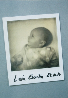 Leia Emilia Schmid 001