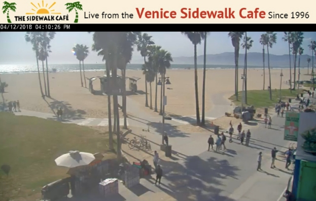 LivefromtheSidewalkCafe.jpg